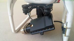 Ohne Strom und Kamera steht das Gimbal schräg