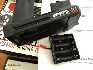 Batteriebox mit JST-Stecker. Hier kann auch ein Akku ran.