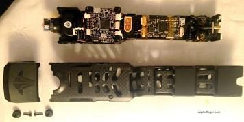 Sämtliche Elektronik ist auf einen herausziehbaren Schlitten montiert