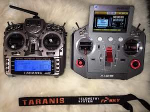 FrSky Taranis X9D und Horus X12 nebeneinander